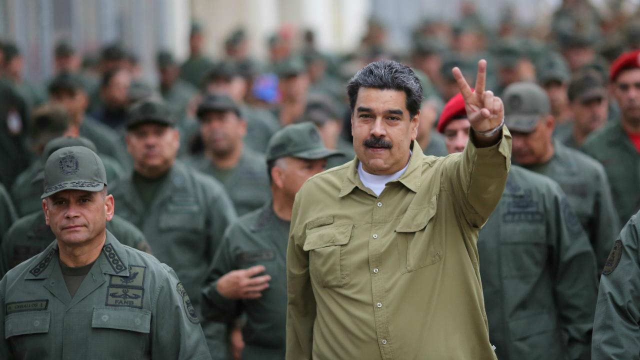 Nicolás Maduro desplazará misiles a la frontera con Colombia