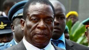 النائب السابق لرئيس زيمبابوي إيمرسون منانغاغوا في 7 كانون الثاني/يناير 2017 في هراري