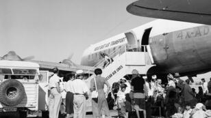 """عملية """"البساط السحري"""" الجوية لنقل يهود اليمن إلى إسرائيل في العام 1949."""