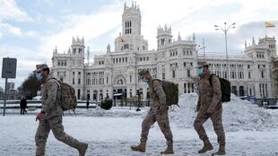 Troops deployed in Madrid on January 10, 2020, a day after a record snowstorm paralysed parts of Spain.