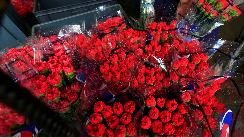 Ramos de flores para exportar al extranjero, antes del Día de San Valentín, en Discovery Farm en Facatativa, Colombia, el 8 de febrero de 2018.
