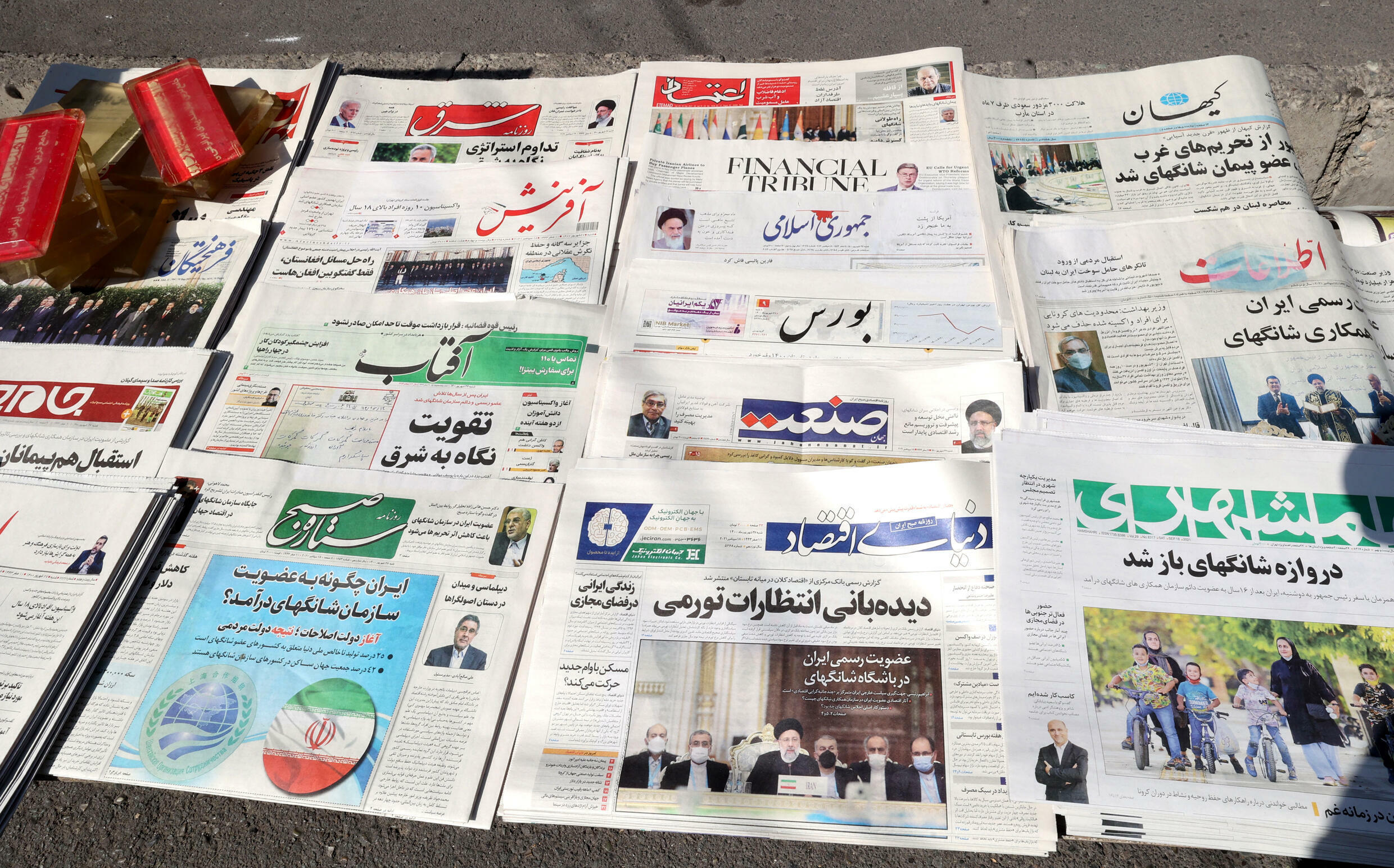 Conservative and Reformist newspapers in Iran have shown rare unity in welcoming results of Shanghai Cooperation Organization conference