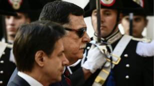 Le Premier ministre italien Giuseppe Conte et le chef du gouvernement d'Union nationale libyen Fayez al-Sarraj à Rome le 7 mai 2019.