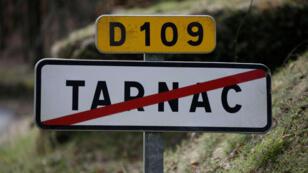 """Le petit village de Tarnac dans le nord de la Corrèze a été rendu célèbre par l'arrestation des huit militants du groupe dit """"de Tarnac"""""""