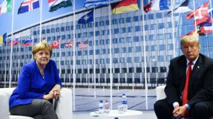 Angela Merkel et Donald Trump lors d'une rencontre bilatérale, le 11 juillet 2018, à Bruxelles au siège de l'Otan.