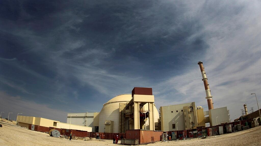 Vista general de la central nuclear de Bushehr, a unos 1.200 km al sur de Teherán. Tomada el 26 de octubre de 2010.