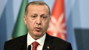 أردوغان في القمة الإسلامية في إسطنبول الجمعة في 18 آيار/مايو 2018