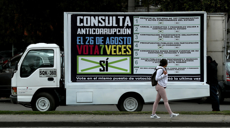 Campaña por la consulta anticorrupción en Bogotá un día antes de la votación. 25 de agosto de 2018.