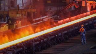FOTO DE ARCHIVO: Planta de acero de ArcelorMittal en Gante, Bélgica, el 22 de mayo de 2018.