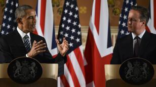 Le président américain Barack Obama a rencontré le Premier ministre britannique David Cameron à Londres pour le soutenir dans sa campagne contre le Brexit, le 22 avril 2016.