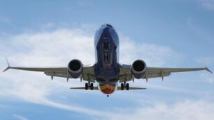 Un Boeing737MAX 8, s'appretant à attérir à Fort Lauderdale-Hollywood International Airport, le 11mars2019.