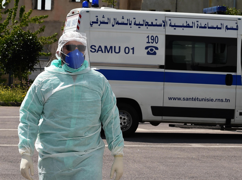 مكافحة فيروس كورونا المستجد في تونس.