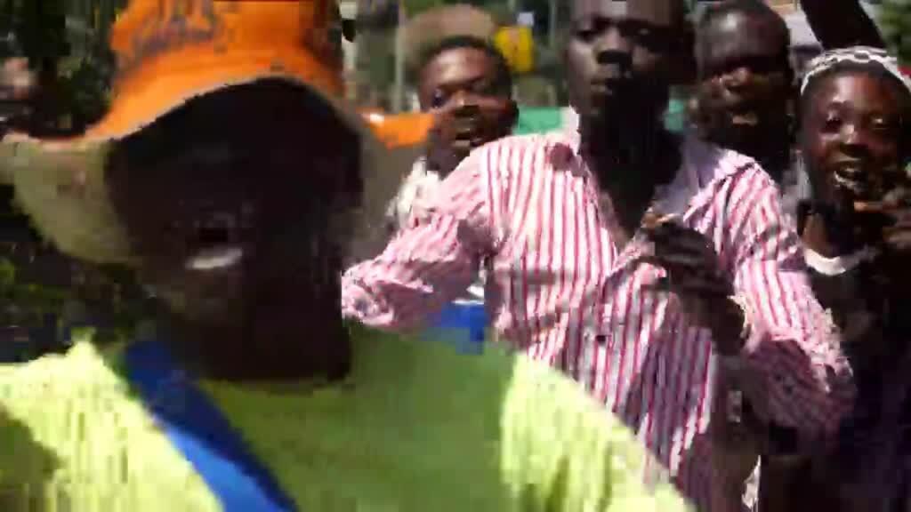 2020-10-21 10:12 Nigeria unrest: Soldiers open fire on demonstrators in Lagos