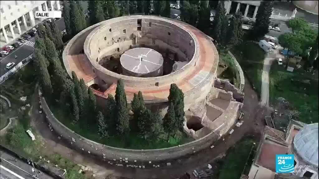 2021-03-05 11:13 Vestiges de la Rome antique : le mausolée d'Auguste rouvre après 14 ans de restauration