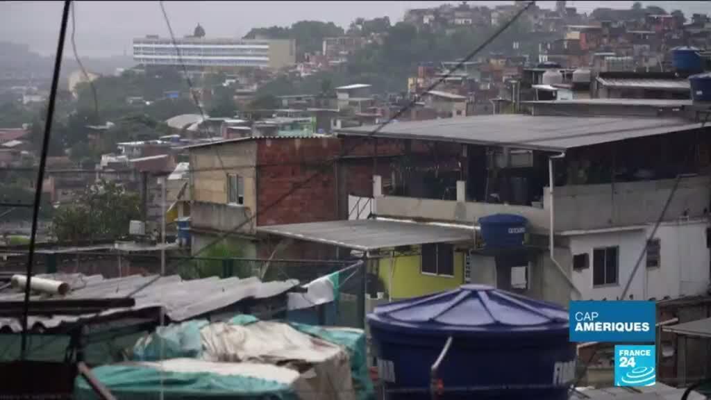 2020-05-27 17:49 Coronavirus au Brésil : les habitants des favelas très durement touchés par le COVID-19