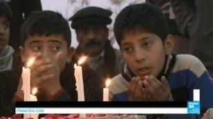 Au Pakistan, 141 personnes, dont 132 enfants, ont trouvé la mort  mardi 16 décembre dans une attaque contre une école de Peshawar.