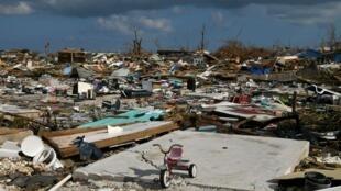 آثار الدمار الذي خلفه الإعصار دوريا بجزر الباهاما، 7 سبتمبر/أيلول.