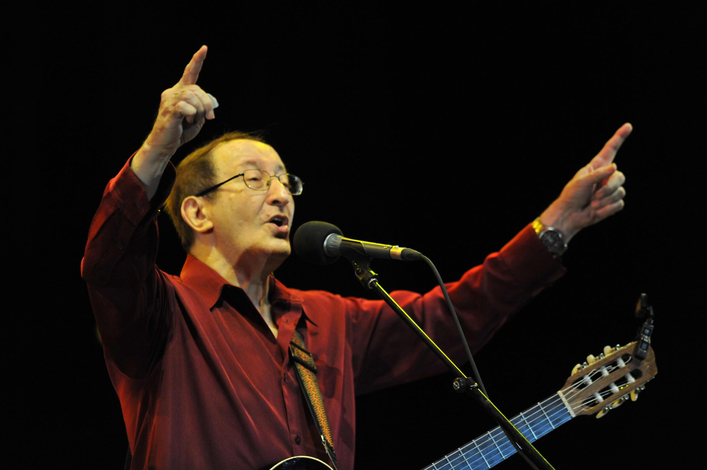 Idir performing at the Mawazine international music festival in Rabat, in May 2011.
