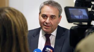 Le président de la région Hauts-de-France Xavier Bertrand (ex-LR), lors d'une interview, le 5 février 2020 à Paris