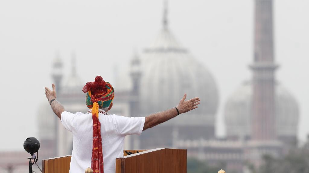 Narendra Modi se dirige a la nación durante su discurso por el día de la independencia en Nueva Delhi del jueves 15 de agosto.
