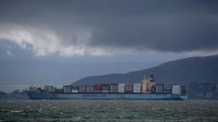 Un cargo de Maersk Line, le 6 février 2015, dans la baie de San Francisco.