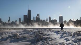 À Chicago, le 30 janvier 2019, la température est descendue jusqu'à -28 dégrés celsius.
