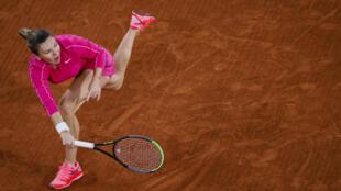 La Roumaine Simona Halep trop forte pour l'Américaine Amanda Anisimova à Roland-Garros, le 2 octobre 2020