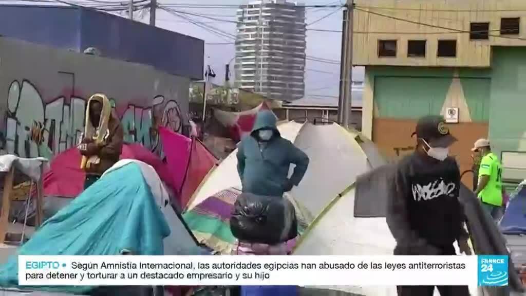 2021-09-28 01:40 En Chile abrieron una investigación por ataque a campamento de migrantes venezolanos