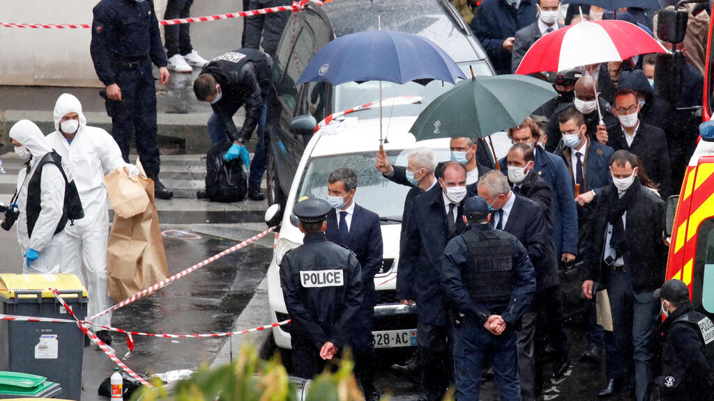 French police detain main suspect in 'symbolic' attack outside Charlie Hebdo's former office