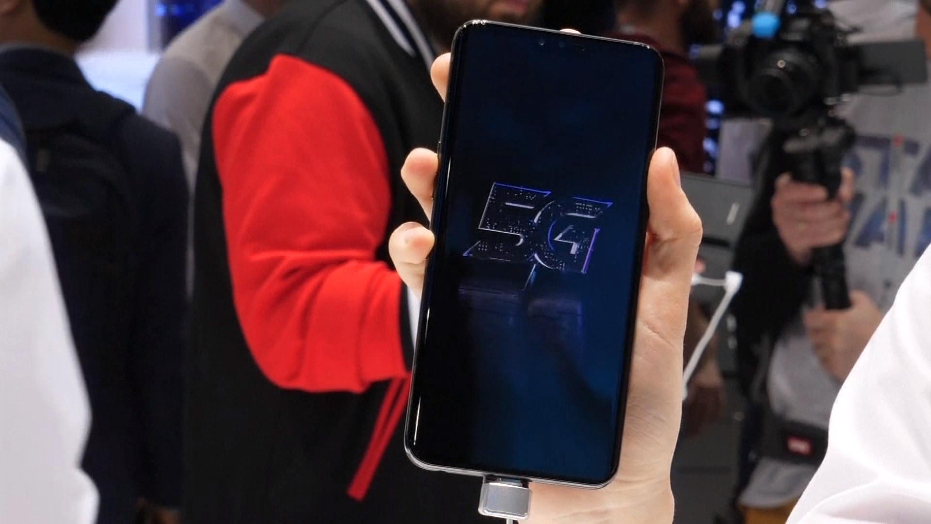 Focus - Polémique autour de l'arrivée de la 5G