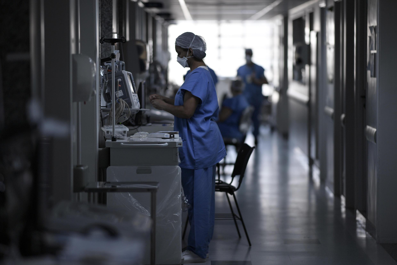Archivo: una enfermera en un hospital de Brasil. Imagen sin fecha.