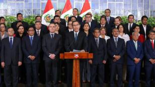 El presidente de Perú, Martin Vizcarra, habla durante un discurso televisivo a la nación, en el palacio de gobierno en Lima, Perú, el 29 de mayo de 2019.