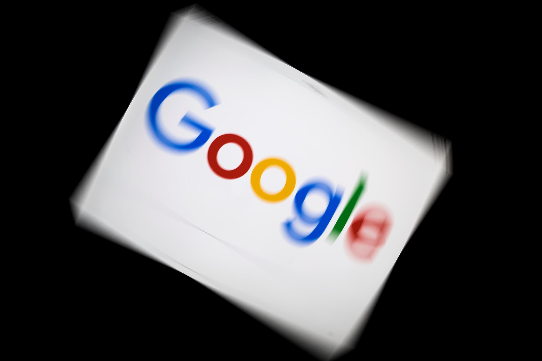 Google est visé par un projet de loi australien visant à rémunérer les médias selon leurs contenus. Ici, le logo de la compagnie le 5 février 2019 à Paris.