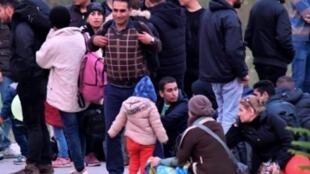 مهاجرون في البوسنة قرب بلدة فيليكا كلادوشا 23 تشرين الأول/أكتوبر 2018