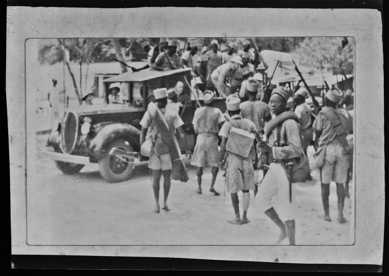 L'expulsion du gouverneur vichyste, le général Husson, de Brazzaville, le 28 août 1940