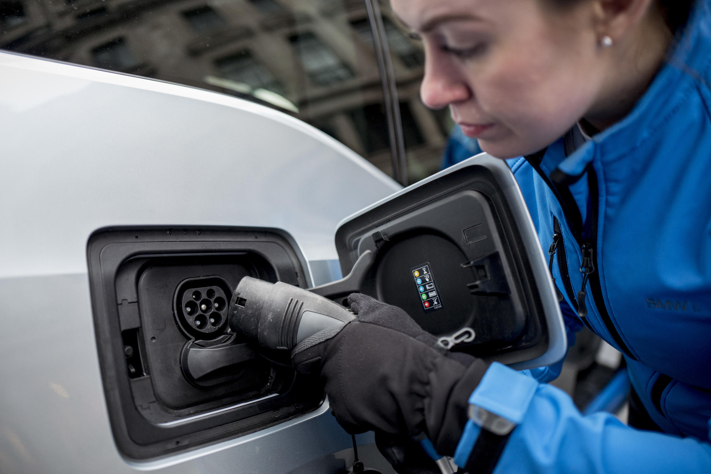 Renault and PSA are racing to shift to electric vehicles as authorities worldwide sharply reduce emission limits.