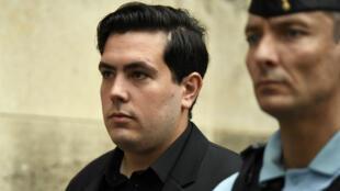 Esteban Morillo, ex-skinhead condamné à 11 ans de prison pour des coups mortels infligés au militant antifasciste Clément Méric en 2013, se rend, le 4 septembre 2018, à son procès.
