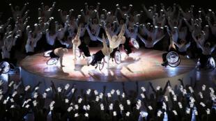 Un grupo de deportistas durante la inauguración de los Juegos Paralímpicos de Pyeongchang.