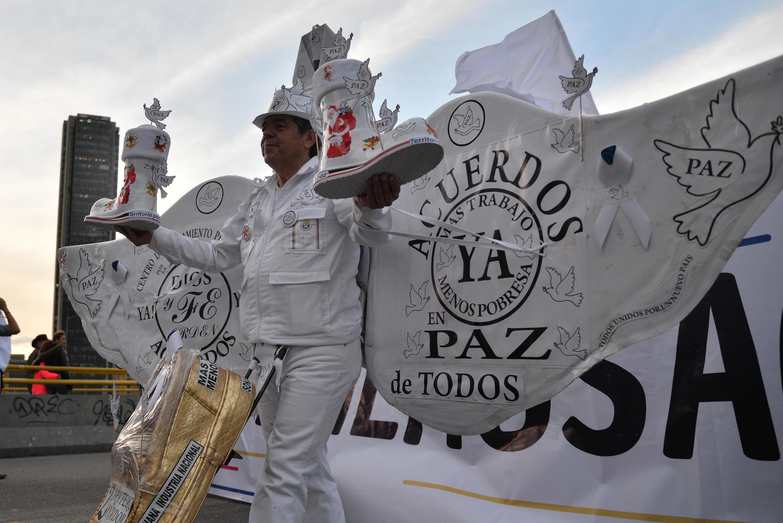 Manifestation en faveur de l'accord de paix révisé à Bogota.