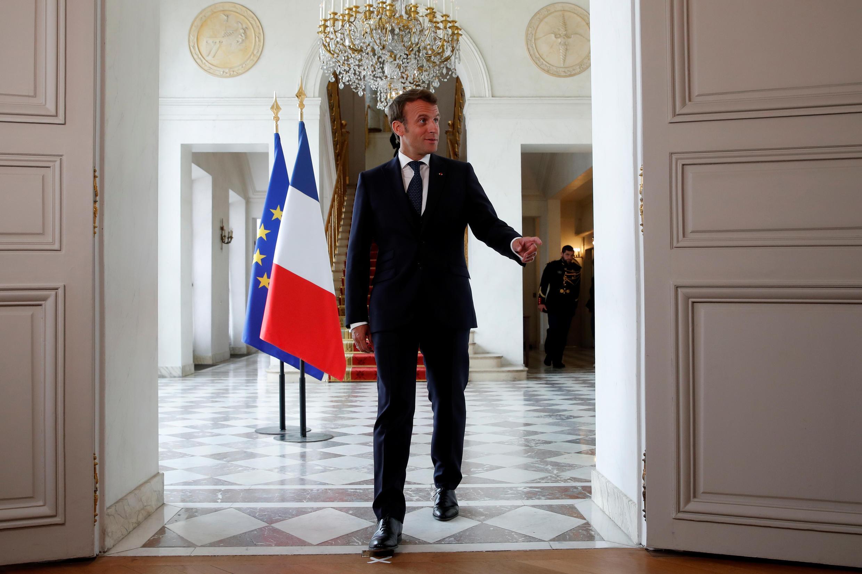 الرئيس الفرنسي إيمانويل ماكرون في قصر الإليزيه. باريس 4 مايو/أيار 2020.