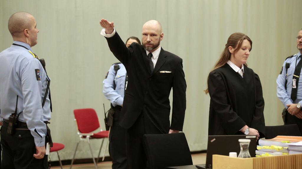 Le tueur de masse Anders Behring Breivik lors de son procès en appel à la prison de Skien, le 10 janvier 2017.