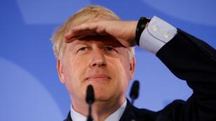 El candidato por el liderazgo del Partido Conservador, Boris Johnson, hace un gesto durante el lanzamiento de su campaña en Londres, Gran Bretaña, el 12 de junio de 2019.