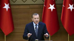 Recep Tayyip Erdogan prononce un discours au palais présidentiel d'Ankara, le 14 décembre 2016.