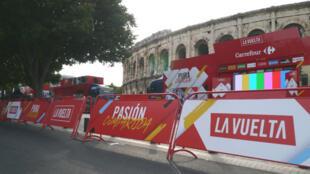 Les arènes de Nîmes, théâtre du grand départ de la Vuelta 2017.