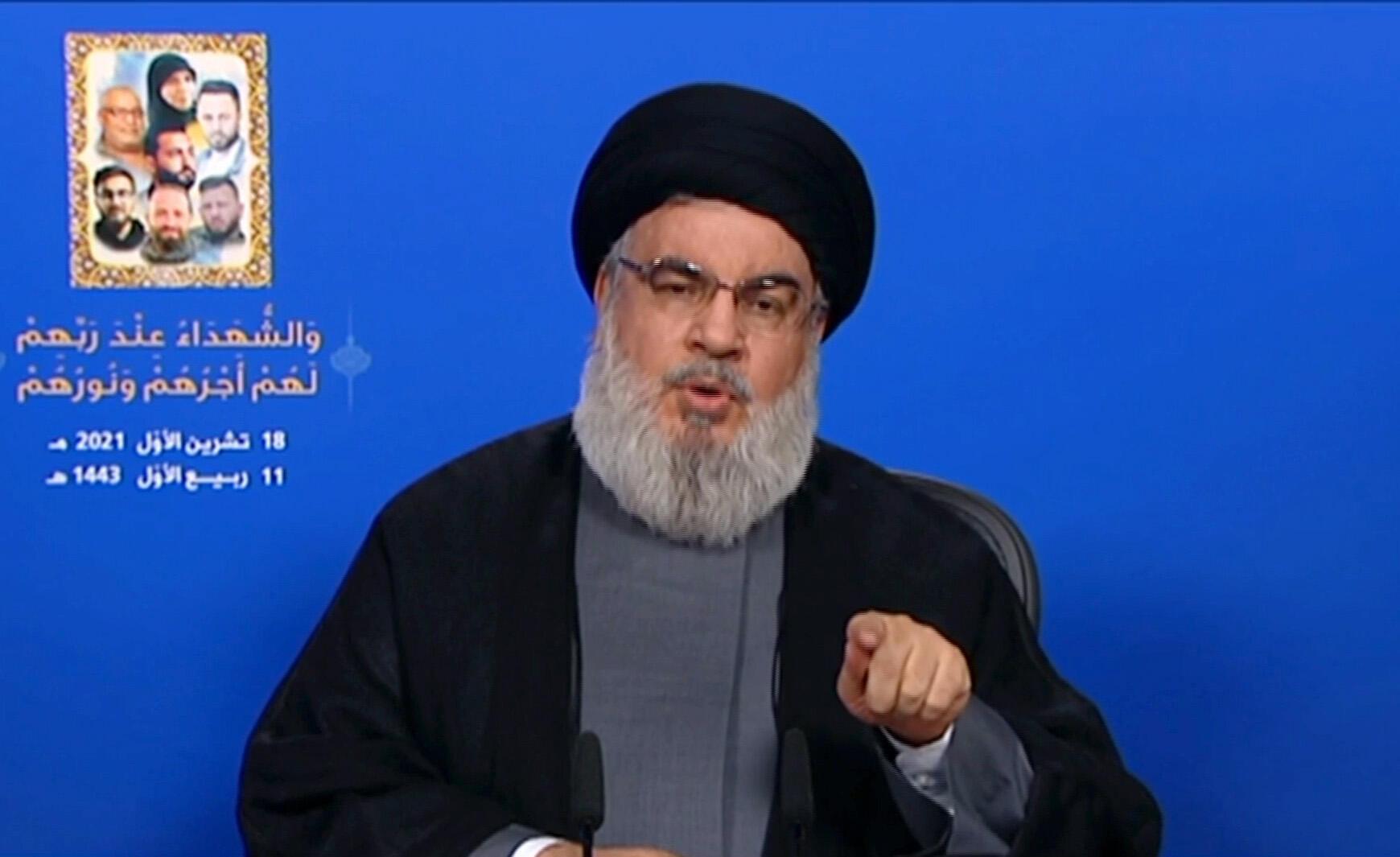 صورة عبر قناة المنار التلفزيونية للامين العام لحزب الله اللبناني حسن نصرالله متحدثا في 18 تشرين الاول/اكتوبر 2021