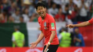 Son Heung-min célèbre son premier but contre le Mexique, lors du mondial, le 23 juin 2018.
