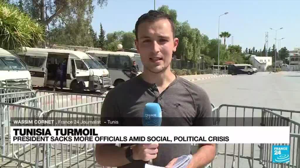 2021-07-28 18:09 Tunisia in political turmoil as president dismisses more officials