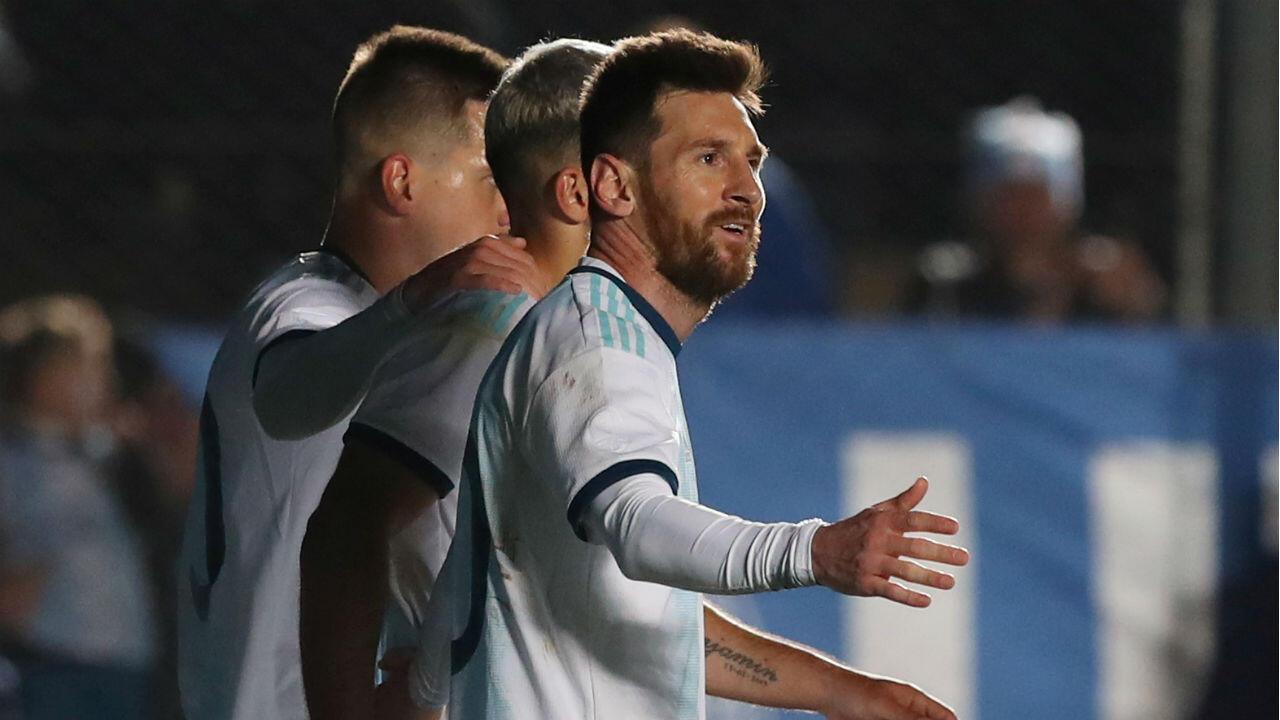 Lionel Messi es el deportista mejor pago del mundo. Según la revista Forbes.
