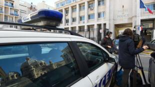 La quinzaine de personnes mise en garde à vue a été libérée.