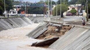 انزلاق أرضي في قناة توبو شيكو في المكسيك في 27 تموز/يوليو 2020